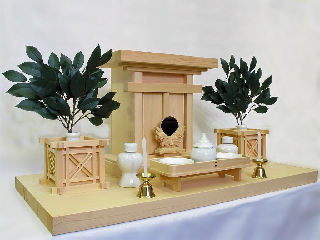 祖霊舎の例